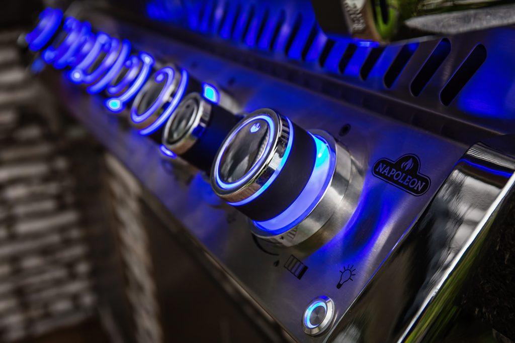 Vstavany plynový gril Napoleon BIPRO 665 detail